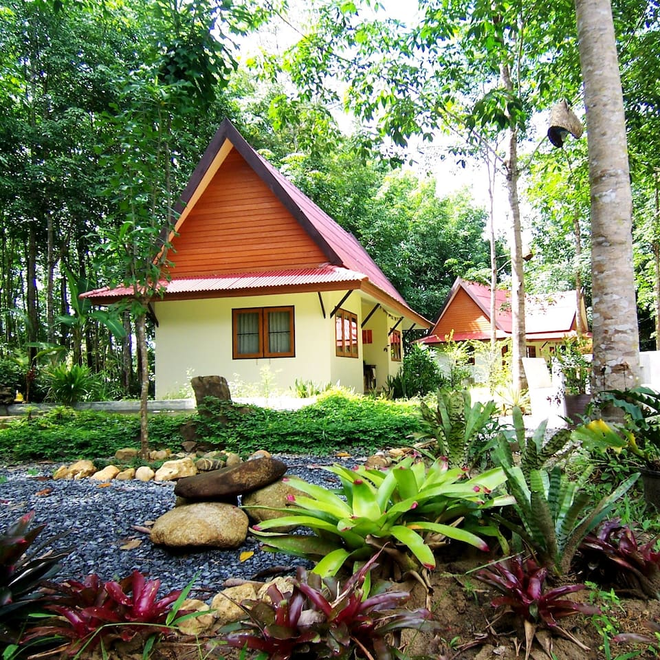 Rooms in bungalows