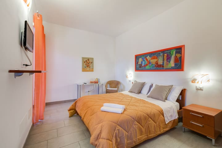 Bed & Breakfast WeinRome (arancio) - Acilia-Castel Fusano-Ostia Antica - Bed & Breakfast