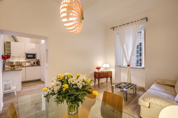 220m from Vatican Museum, your home