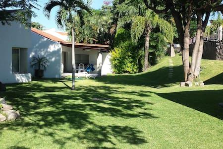 Casa de fin de semana en Cuernavaca, Morelos - Alpuyeca