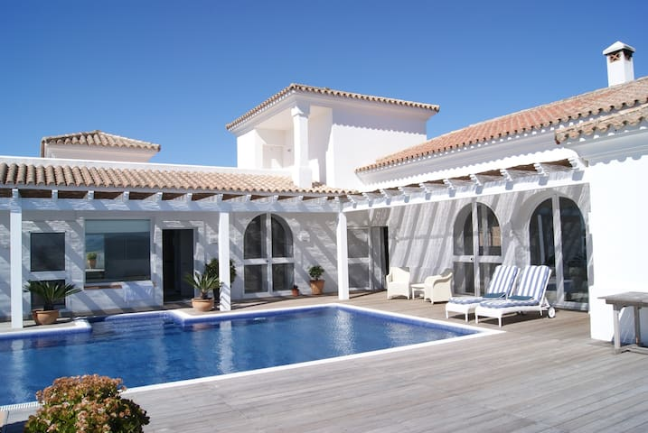 TOP VILLA IN AUTENTIC ANDALUCIA. - Benalup-Casas Viejas