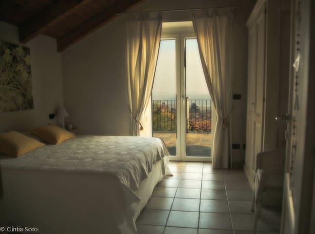 Camera con vista Lago - Candia Canavese - Wikt i opierunek