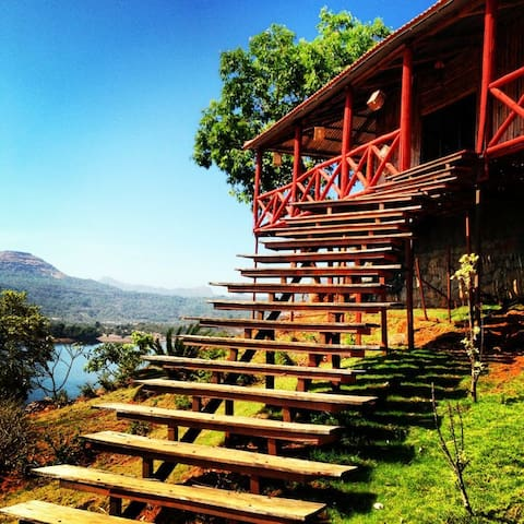 Bliss Inn - Lonavala - Chalet