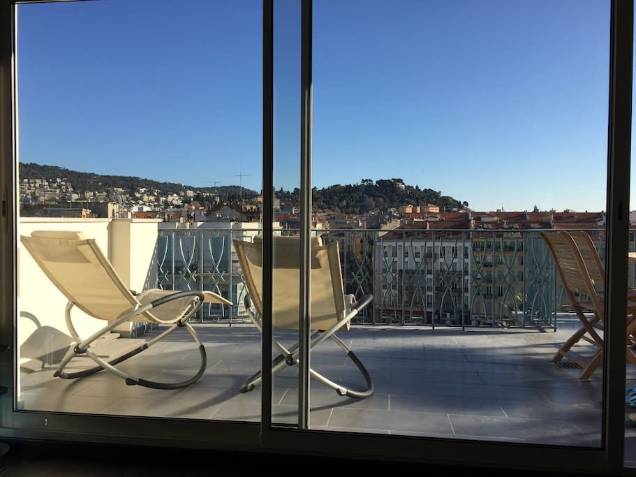 Nice centre luxury terrace appartamenti in affitto a for The terrace top date