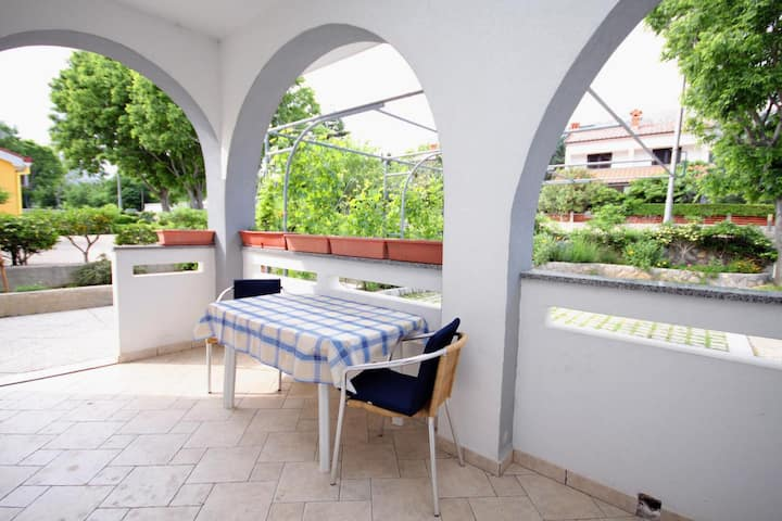 One bedroom apartment with terrace Baška, Krk (A-3225-b)