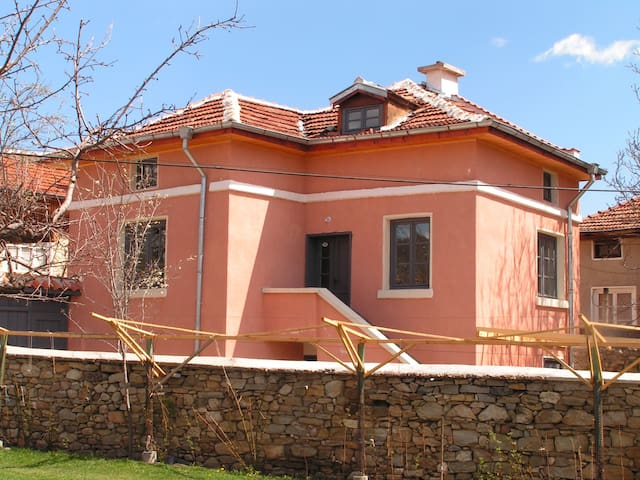 Fully equipped lovely Rural Villa - Dorkovo - Talo