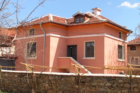 Fully equipped lovely Rural Villa - Dorkovo - 独立屋