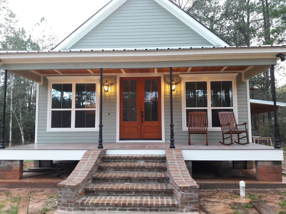 Cozy front porch to relax and take in the seclusion