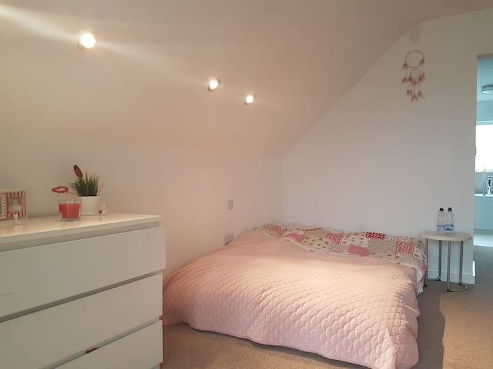 Modern big room close to the beach Cleethorpes