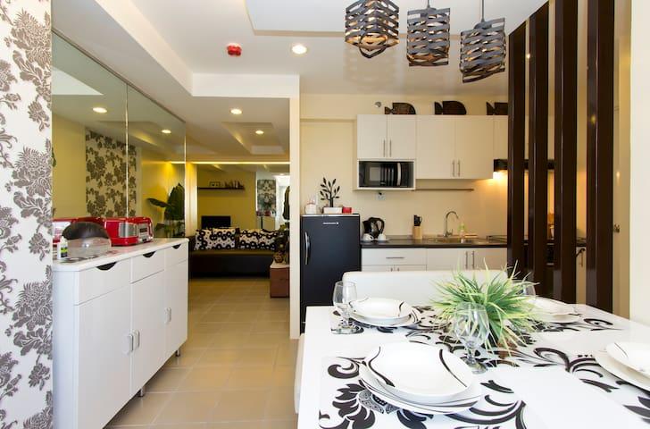 Modern 1BR Condo in  Makati CBD - Makati - Apartemen