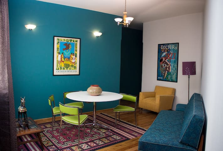 Art Deco Apartment in the heart of Condesa