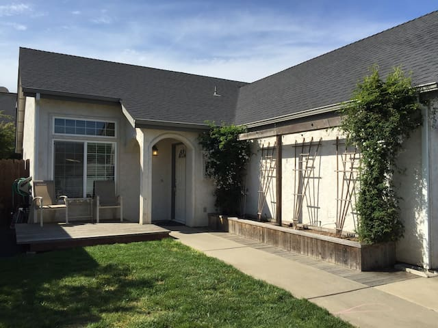 Cute Clean Home In North Chico Houses For Rent In Chico California Unit