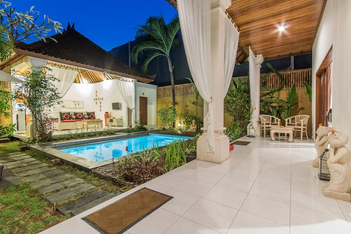JASMINE VILLA-2BR, Amazing location in Seminyak