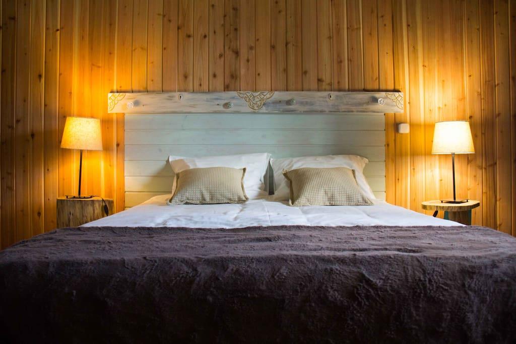 Quarto Casal / Double bed