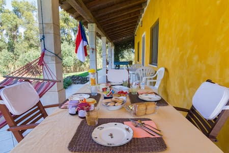 A Villa Ada b&b di campagna,  vicino al mare - Arborea - Oda + Kahvaltı