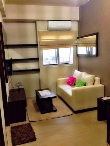 the suite metro sukarno hata 2br - bandung - Daire