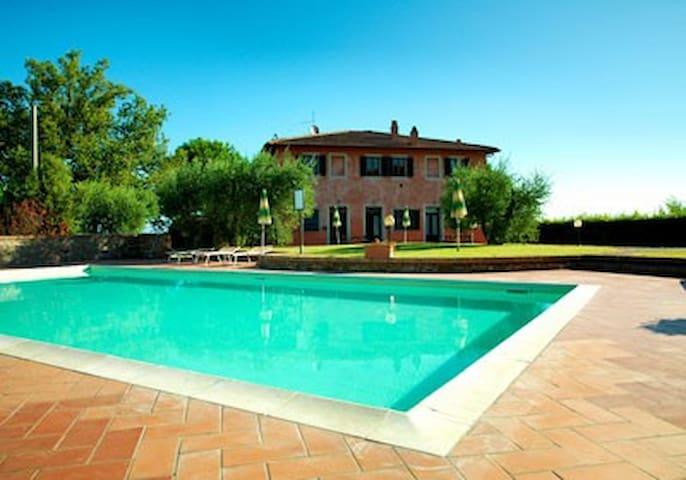Casale Boscone - Apt. Boscone n.4 - Gambassi Terme - Leilighet