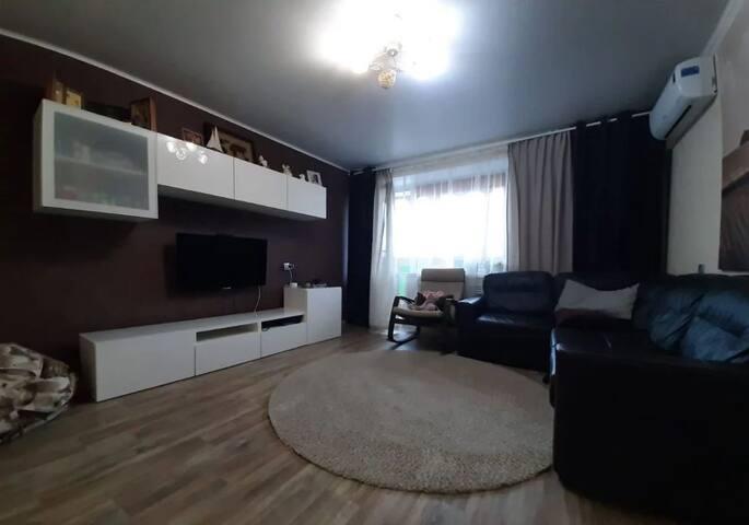 3-ая квартира, 54 м², 4\4 эт.