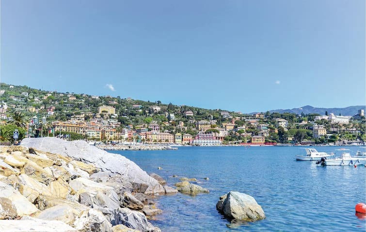 Holiday apartment with 1 bedroom on 70m² in S. Margherita Ligure