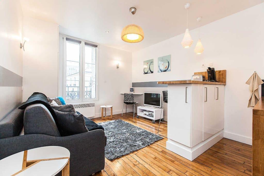 beau studio porte de versailles beautiful studio appartements louer issy les moulineaux. Black Bedroom Furniture Sets. Home Design Ideas