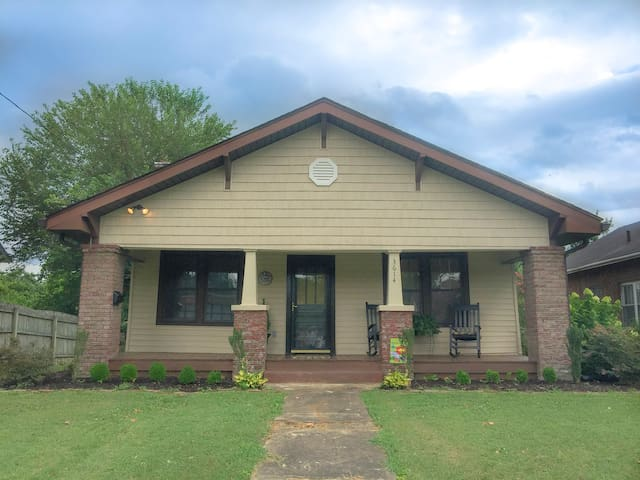 Cozy 3BR Bungalow near DWTN Knox,Zoo,Breweries *PF - Knoxville - Hus