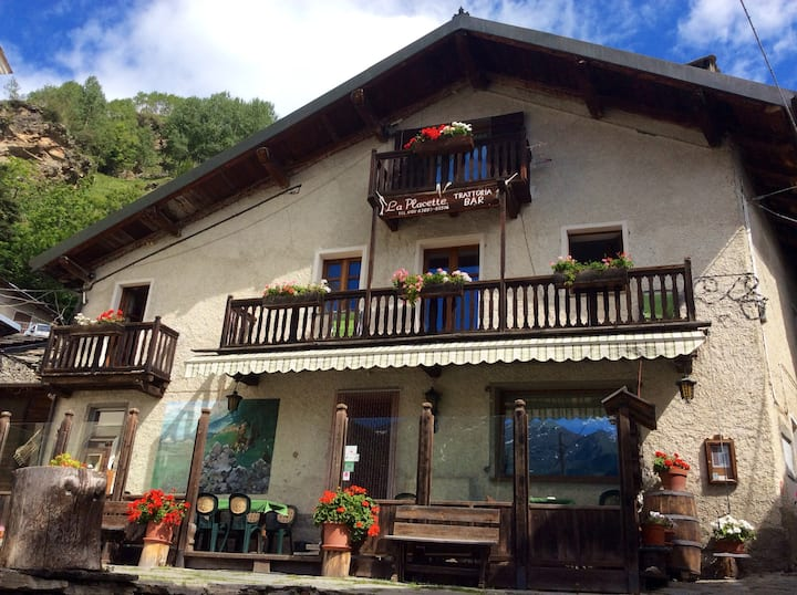 Lovely apartment in mountain chalet