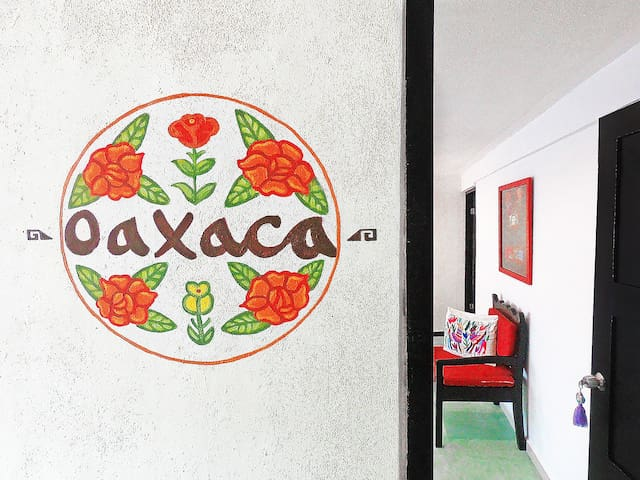 Tres Mentiras : OAXACA - Adults Only