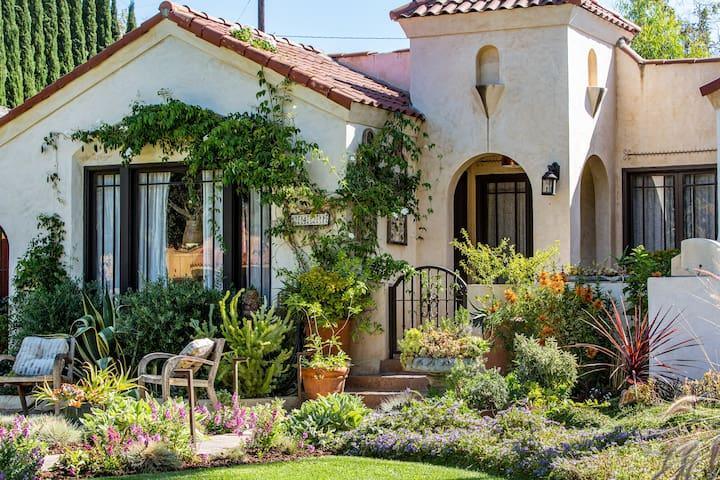 Stunning Spanish Home, Heart of Orange County