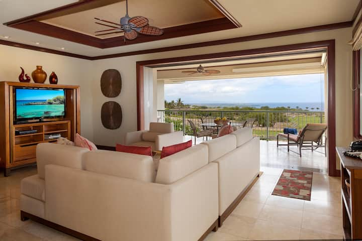 Waiulaula A202-AMAZING OCEAN VIEWS! VERY PRIVATE WITH BBQ! FREE WIFI