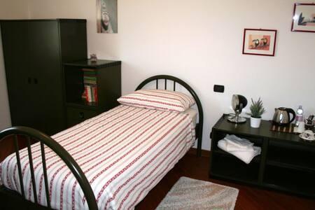 Single room  Assago or Humanitas - Rozzano