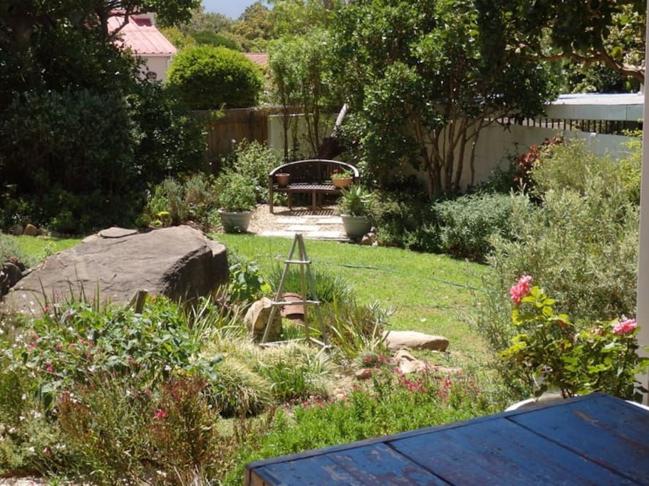 A garden to relax and play in