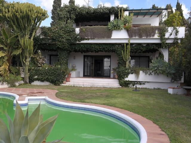 Marbella, Lindosol/B Calle Petunias - Marbella - Villa