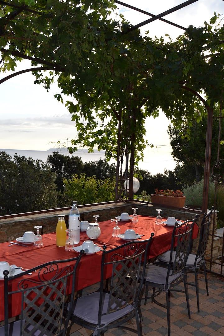 Chambres  Cap Corse près de la mer