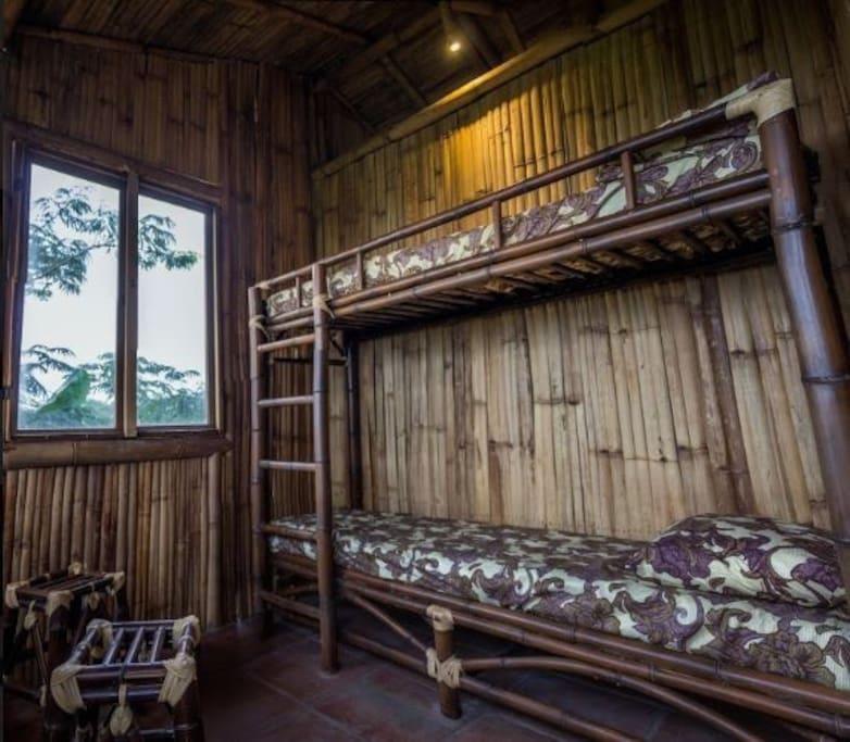 Recamara 2. Litera individual elaborada de bambú ¡muy resistente!