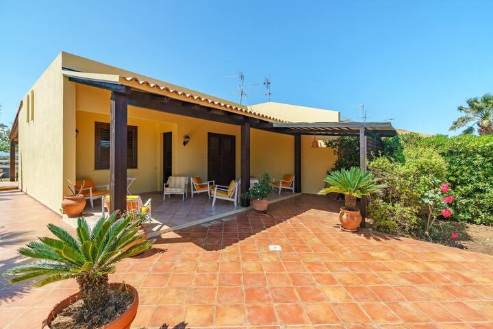 Casetta Nadia (relaxing garden-panoramic zone)