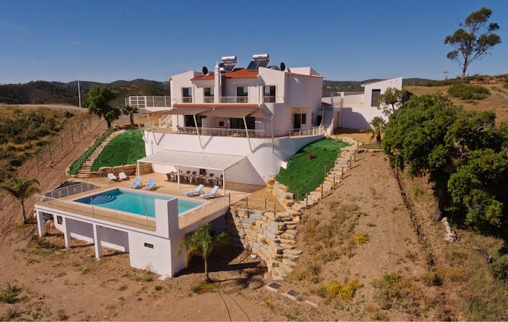 Luxury villa with swimmingpool in Alportel