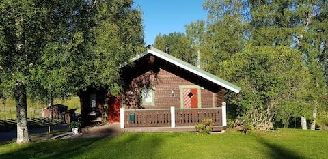 Stuga på gård i Rättvik