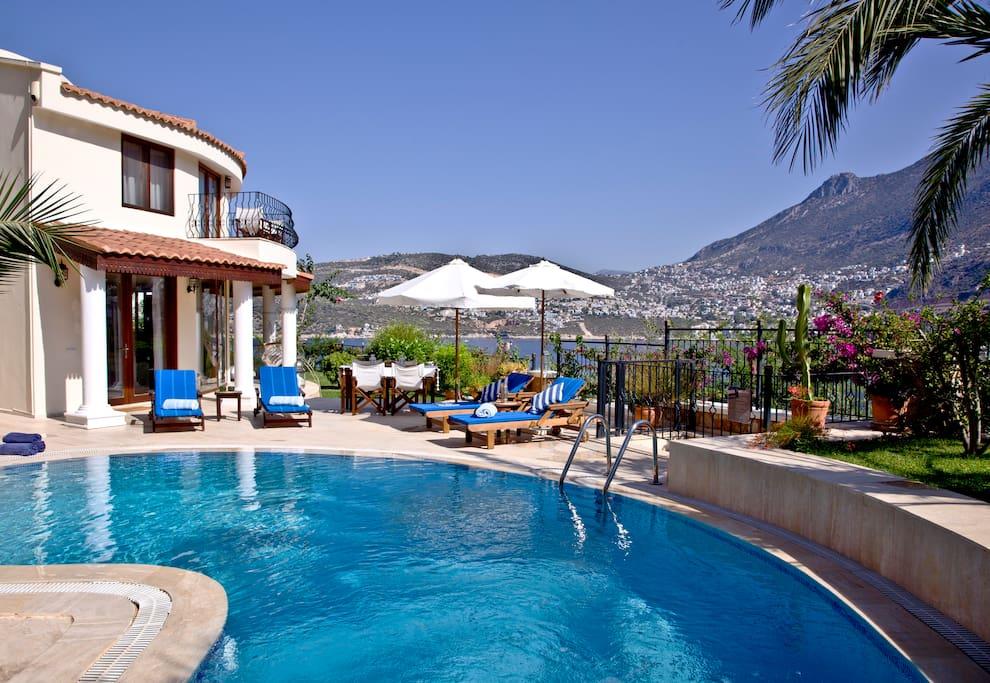 Villa and pool!