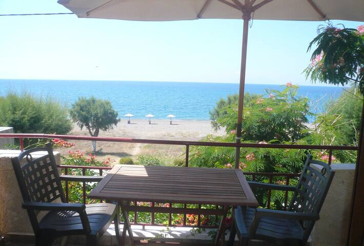 "Just by the sea ""Irida aps.2-3pers"" - Βατερά - Appartement"