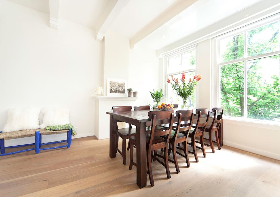 Canal view house perfect location appartamenti in for Amsterdam appartamenti centro