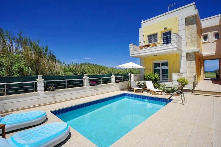 Geas House Thalassa, 2BD, private pool, near beach