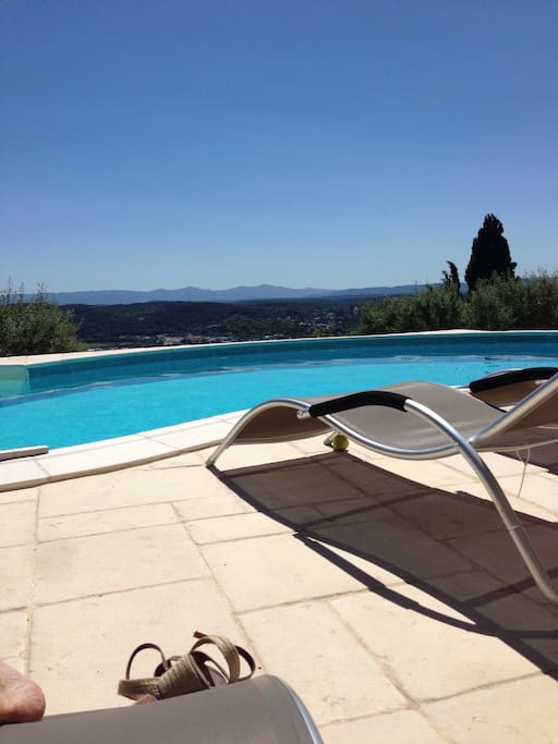Appartement dans villa avec piscine g stesuiten zur for Piscine draguignan