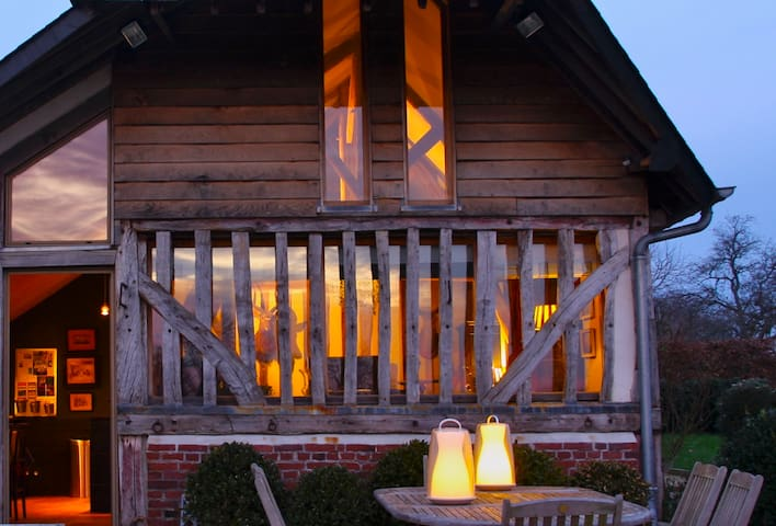 Charming self-catering home with hot tub