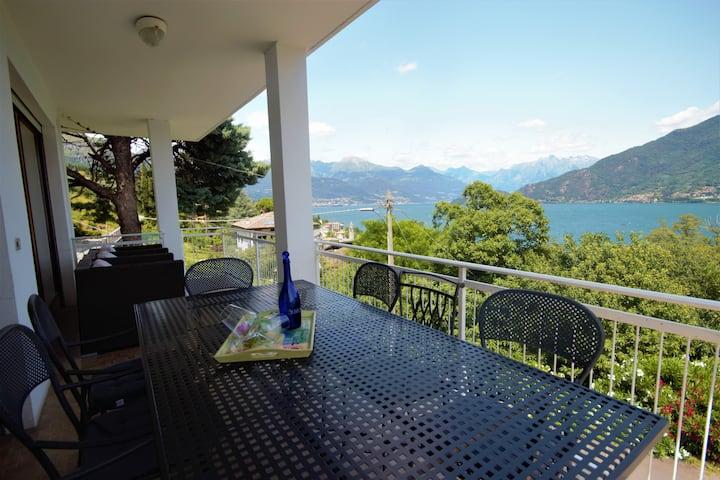 WHITE HOUSE - Lake Como Villetta