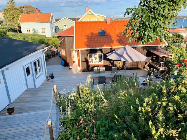 Big bright house with a huge porch in Lysekil