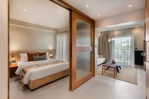 Luxury 1-BDRM Close to Seaside in Voula w/ Balcony