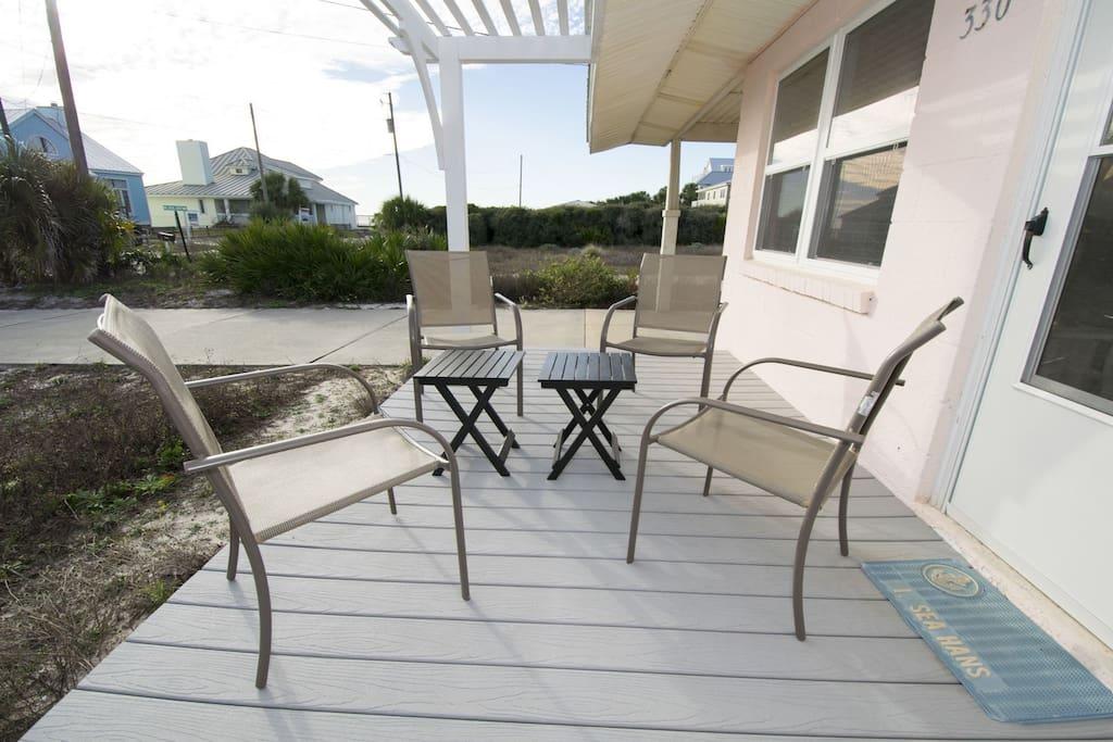 Beachy Keen ~ Inlet Beach ~ Front Porch ~ Paradise Properties
