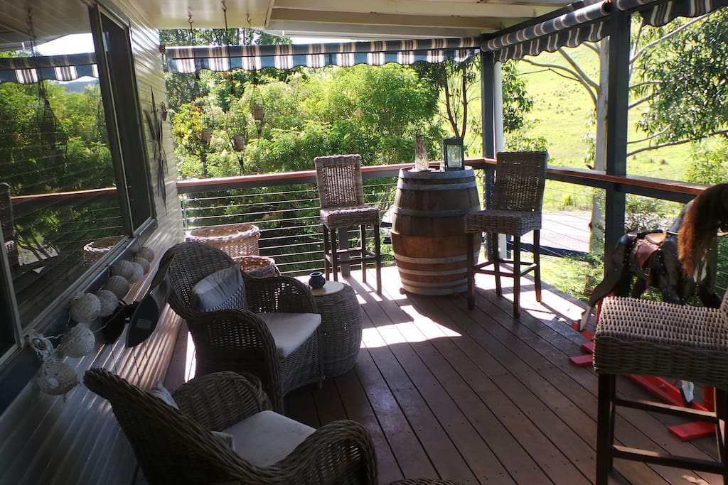 Front veranda to have your morning coffee, or in the evening to have your sun downers with stunning views.