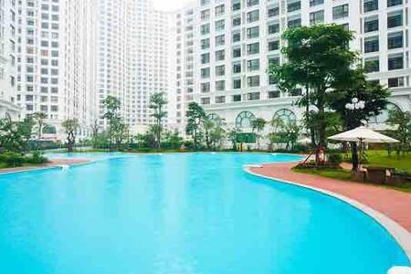 Luxury apt 2BR R1 VINHOMES ROYAL Garden view Hanoi