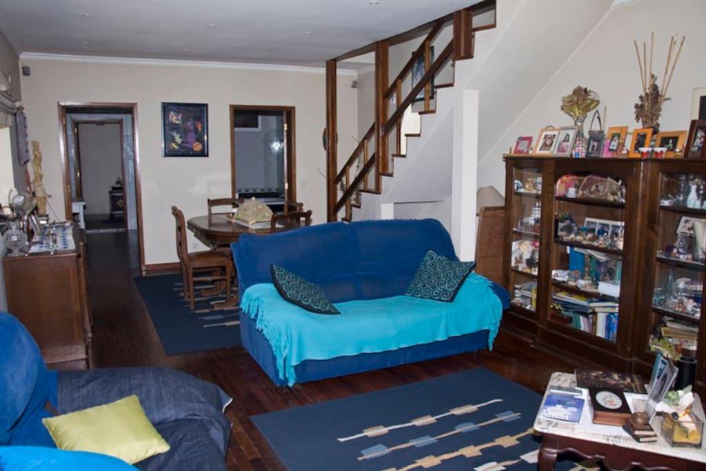 sala com sofa-cama